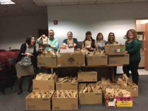 Harborstone CU gives to United Way of Pierce County's Slow Cooker Project.